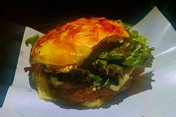 151126-burgertable-02